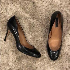Ann Taylor Black Leather Round Toe Pumps